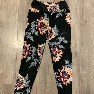 LuLaRoe *unicorn* OS Dahlia Leggings